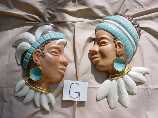 Queen & King in gilt gold. Included in               excellent 1950's Afro/American Collection