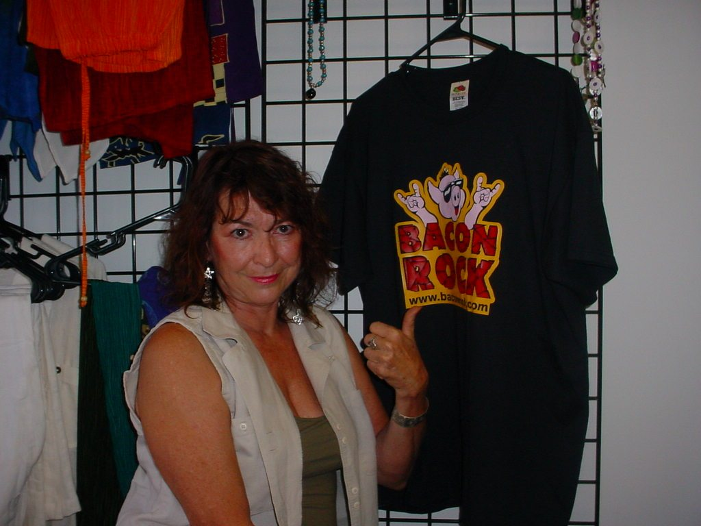 Cannabis Corner,         hosted by the Hemp Lady, Debby Moore. Tuesday 8:00 pm CST, on         http://www.baconrock.com